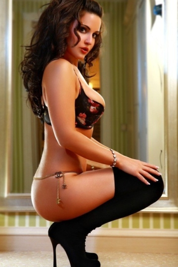 Elizabeth – Escorts In Mexico City